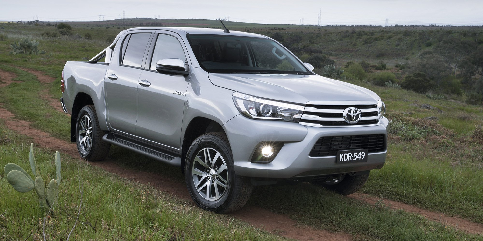 Toyota hilux photo - 3