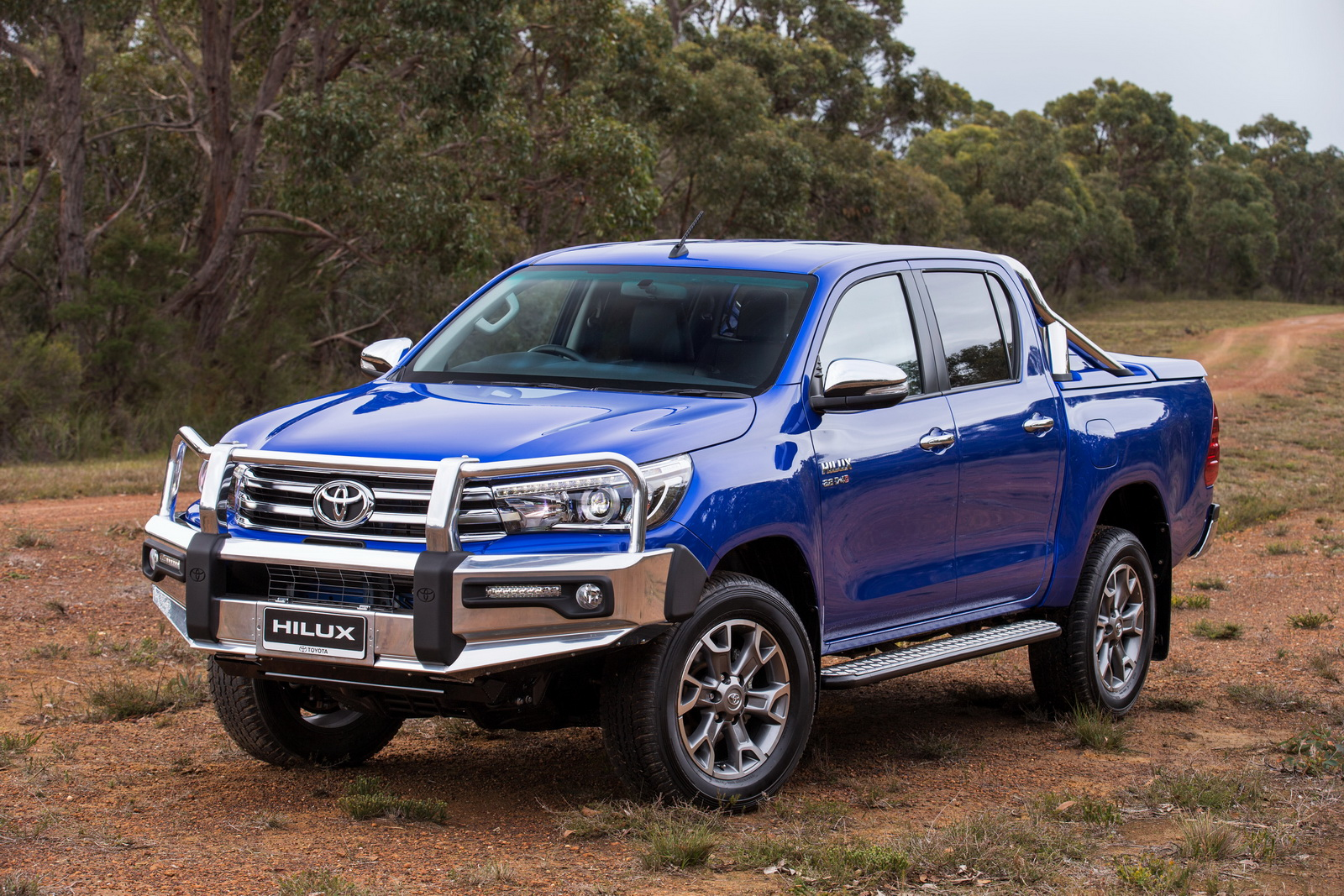 Toyota hilux photo - 4