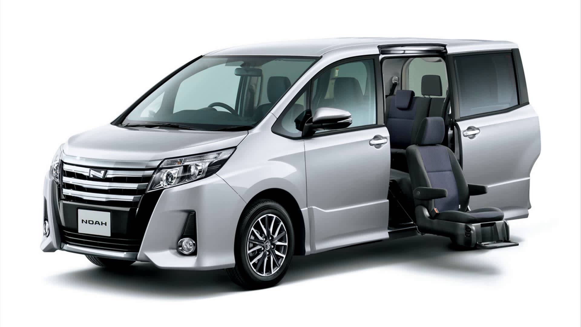 Toyota noah photo - 4