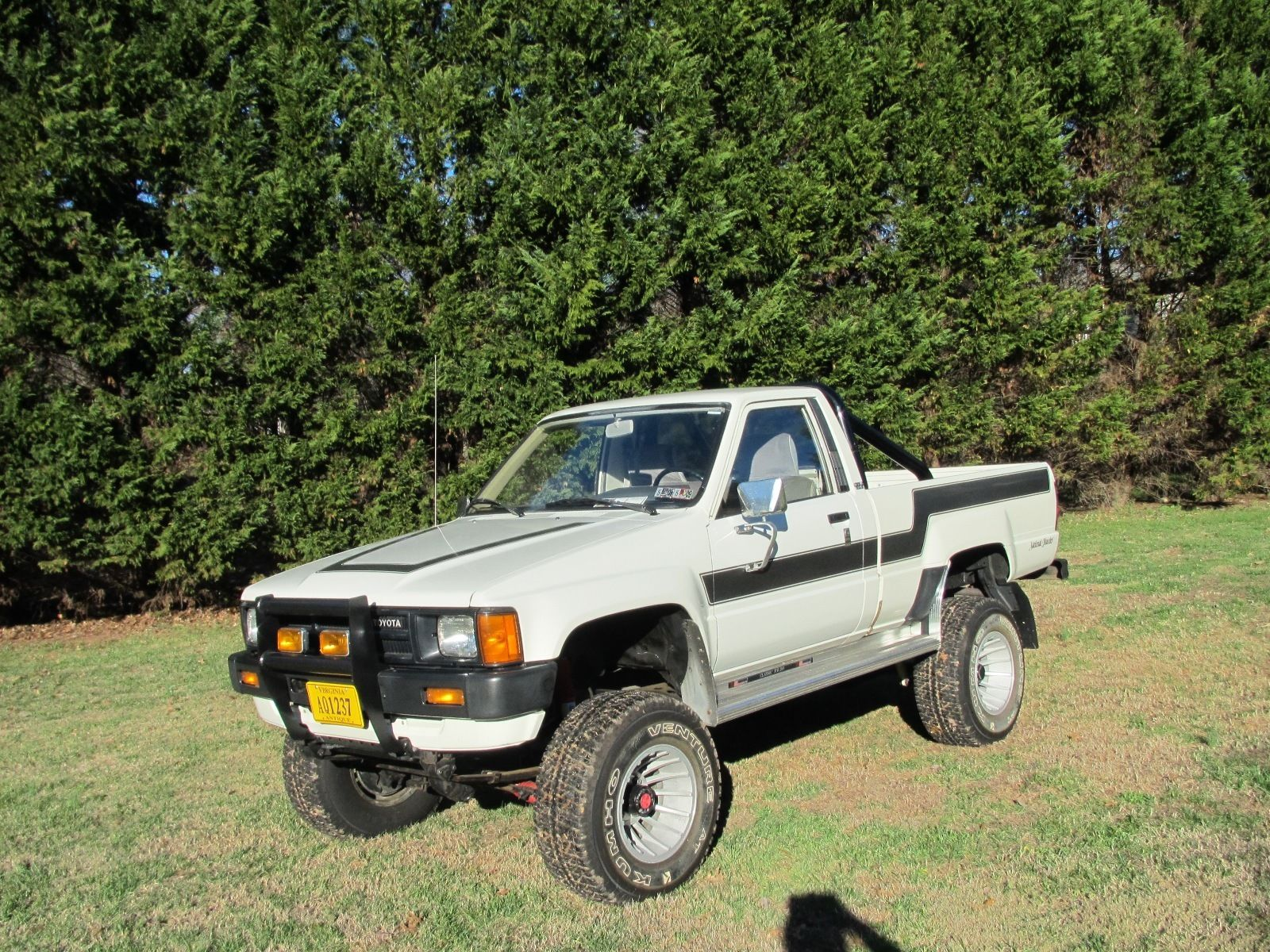 Toyota pickup photo - 3