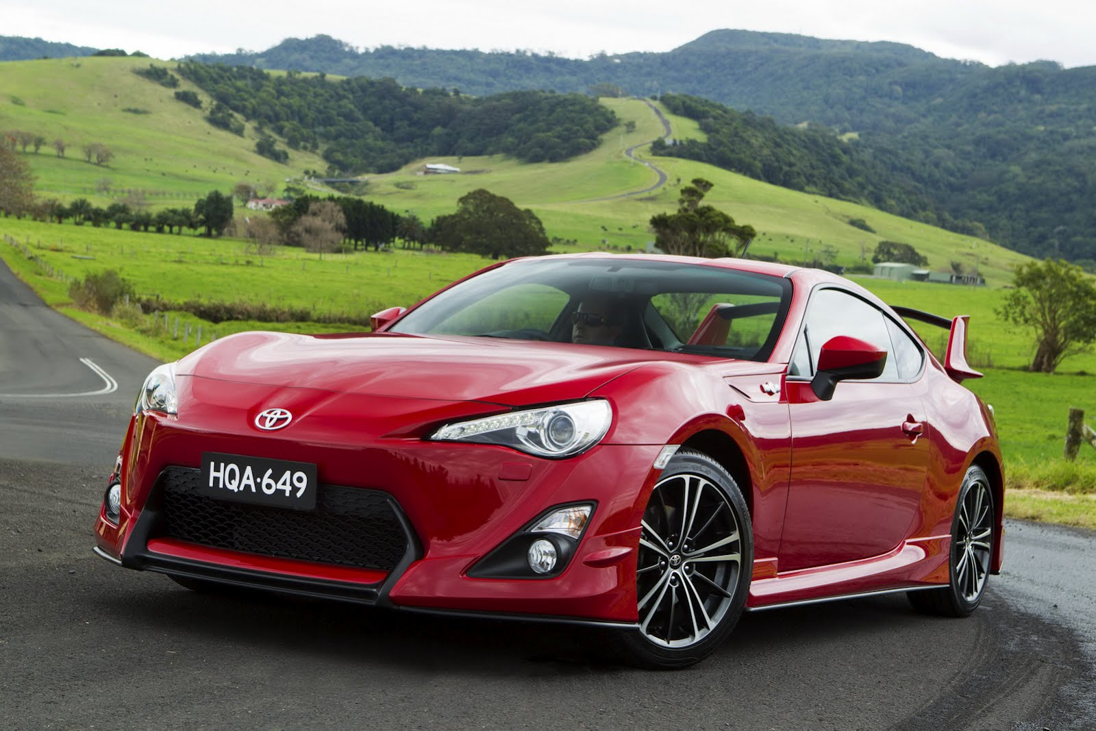 Toyota sport photo - 4