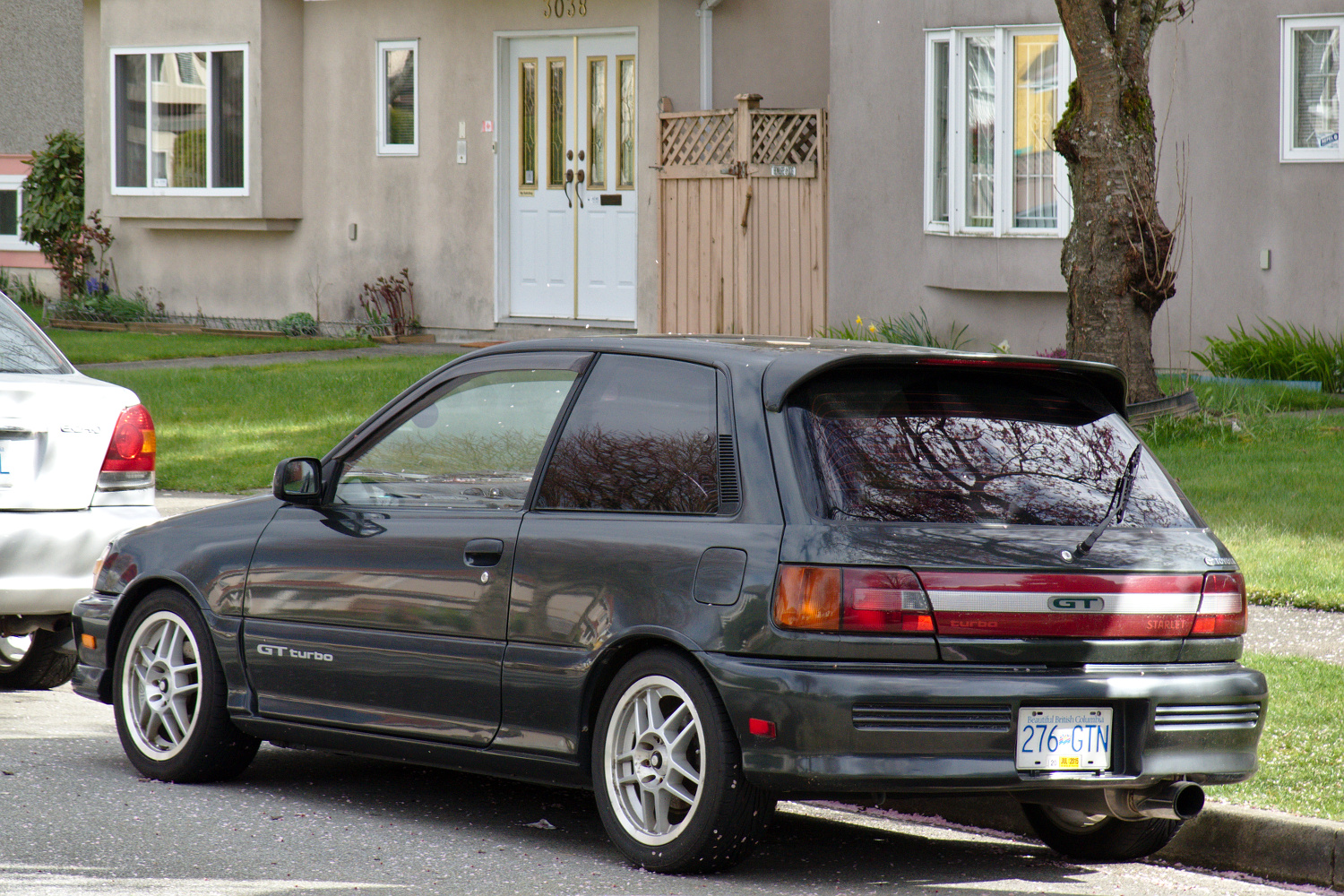 Toyota starlet Photo and Video Review  Comments