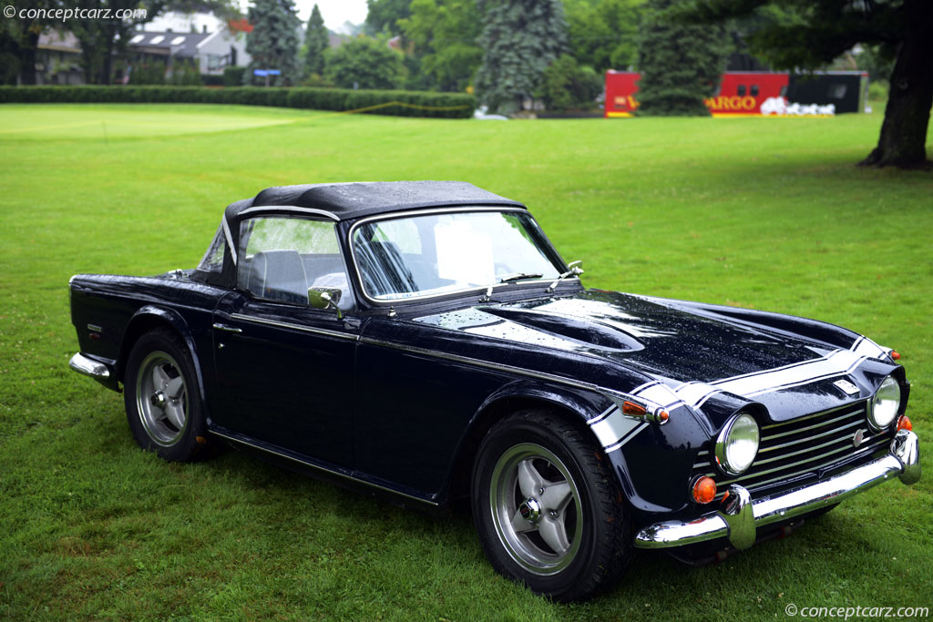 Triumph tr250 photo - 5