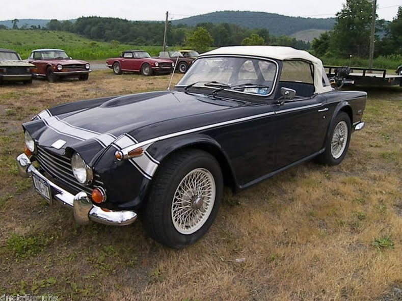 Triumph tr250 photo - 9