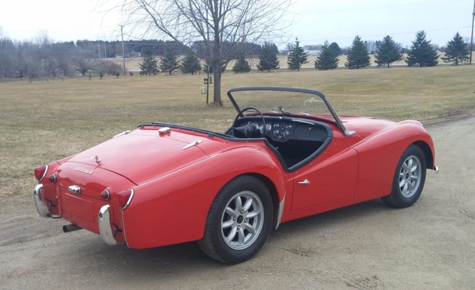 Triumph tr3a photo - 5