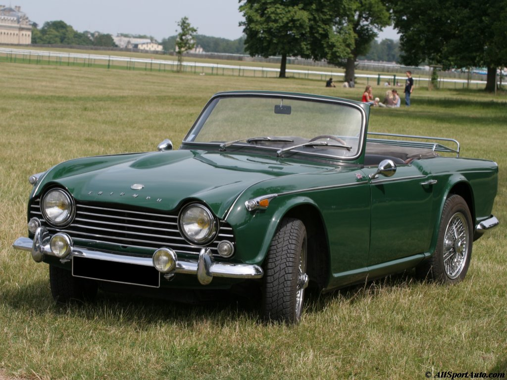 Triumph tr4 photo - 10