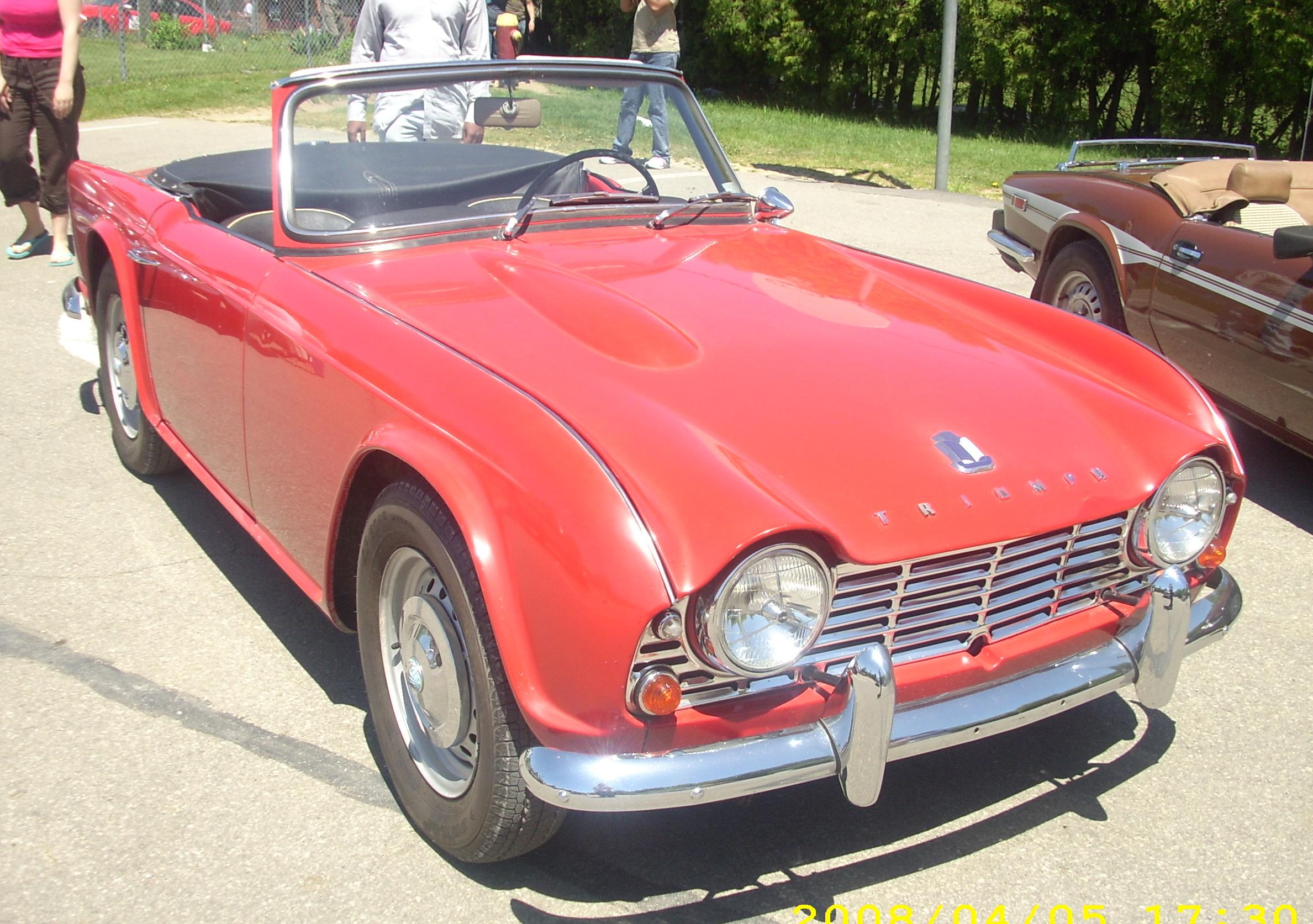 Triumph tr4 photo - 3