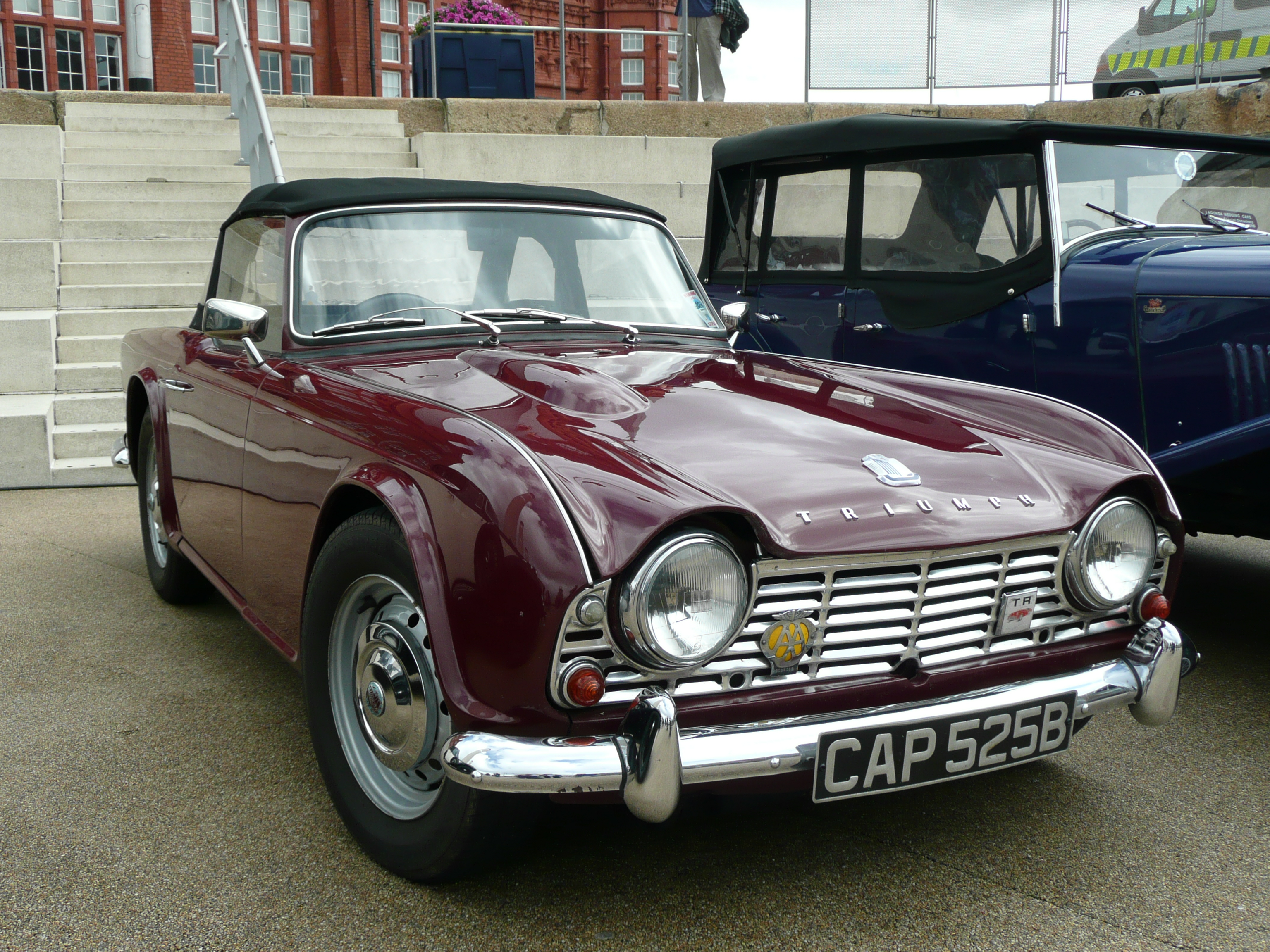Triumph tr4 photo - 7