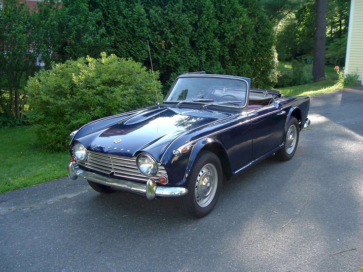 Triumph tr4a photo - 10
