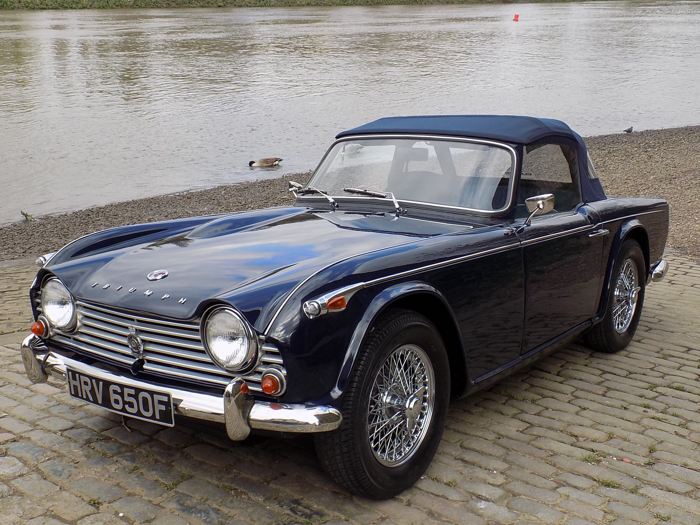Triumph tr4a photo - 3