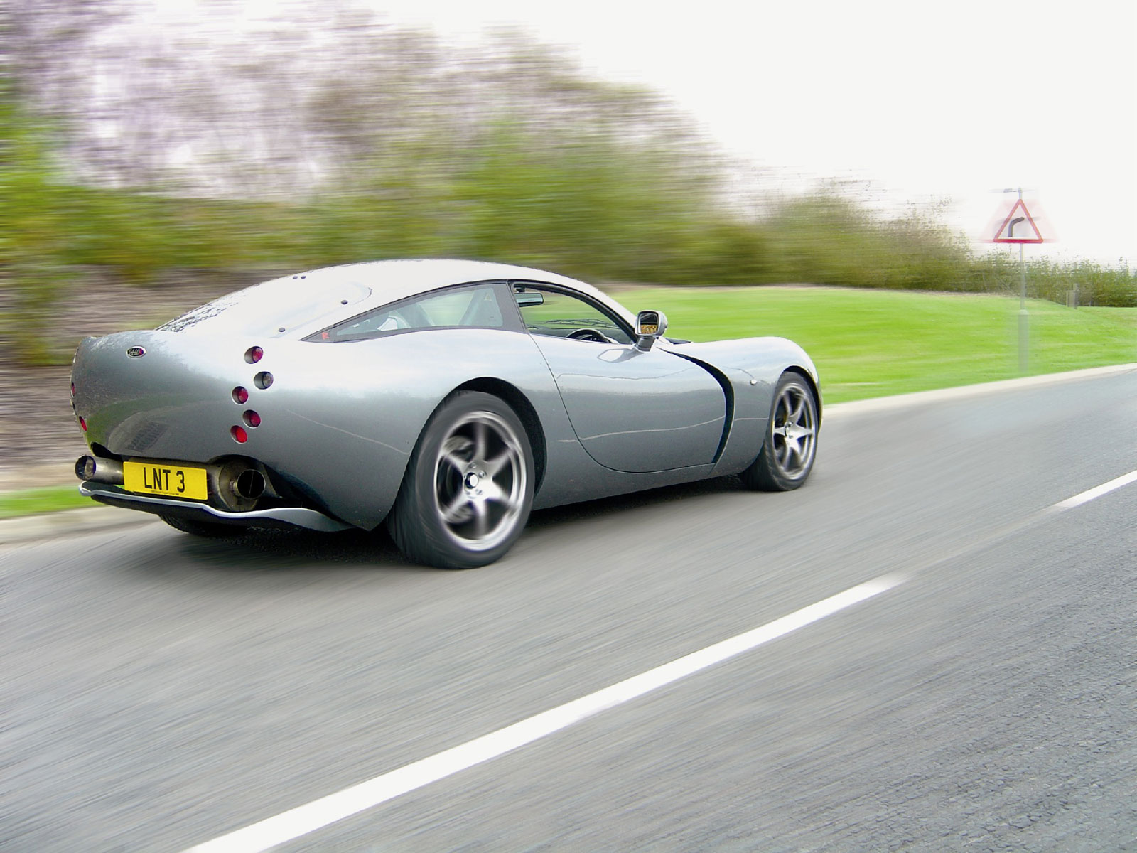 Tvr t440r photo - 4