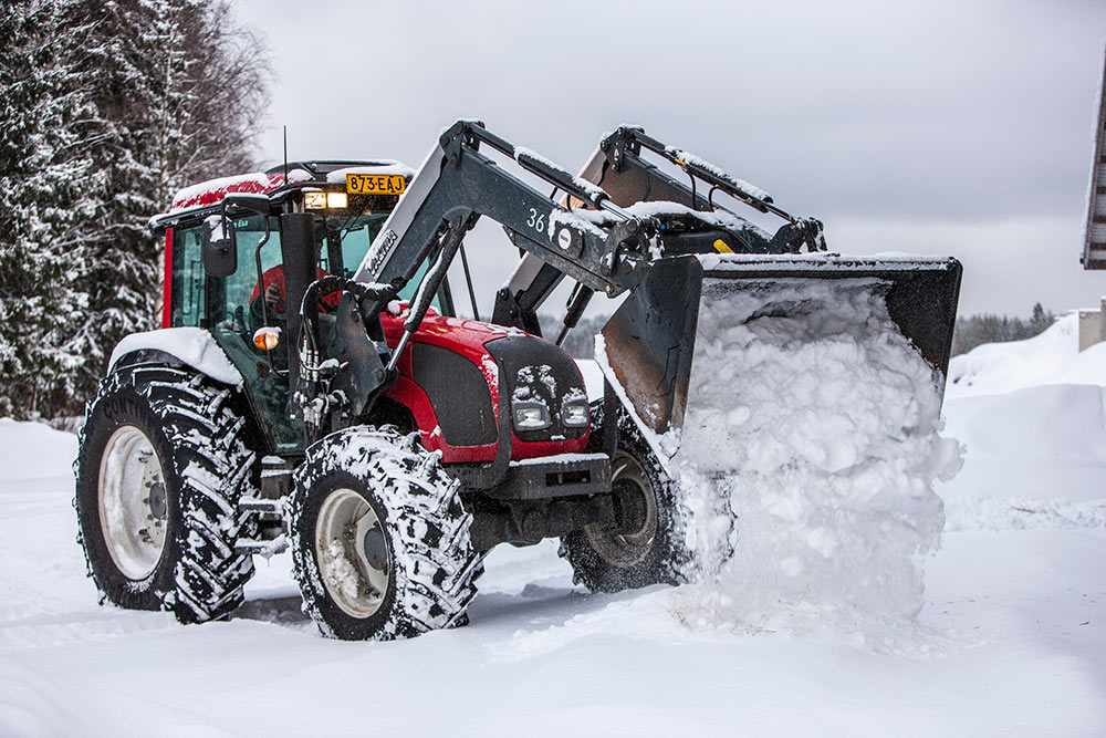 Valtra a-series photo - 3