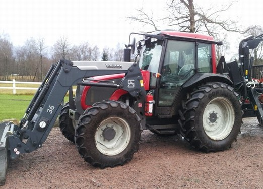 Valtra a-series photo - 5