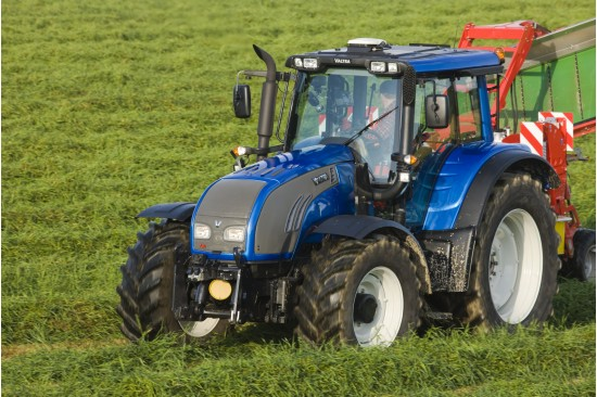 Valtra a-series photo - 8