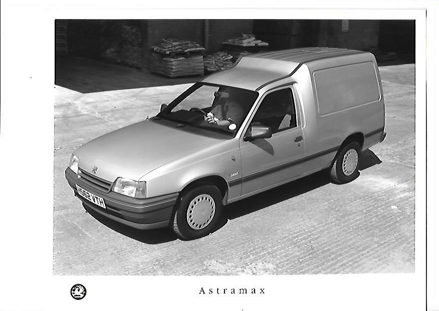 Vauxhall astramax photo - 3