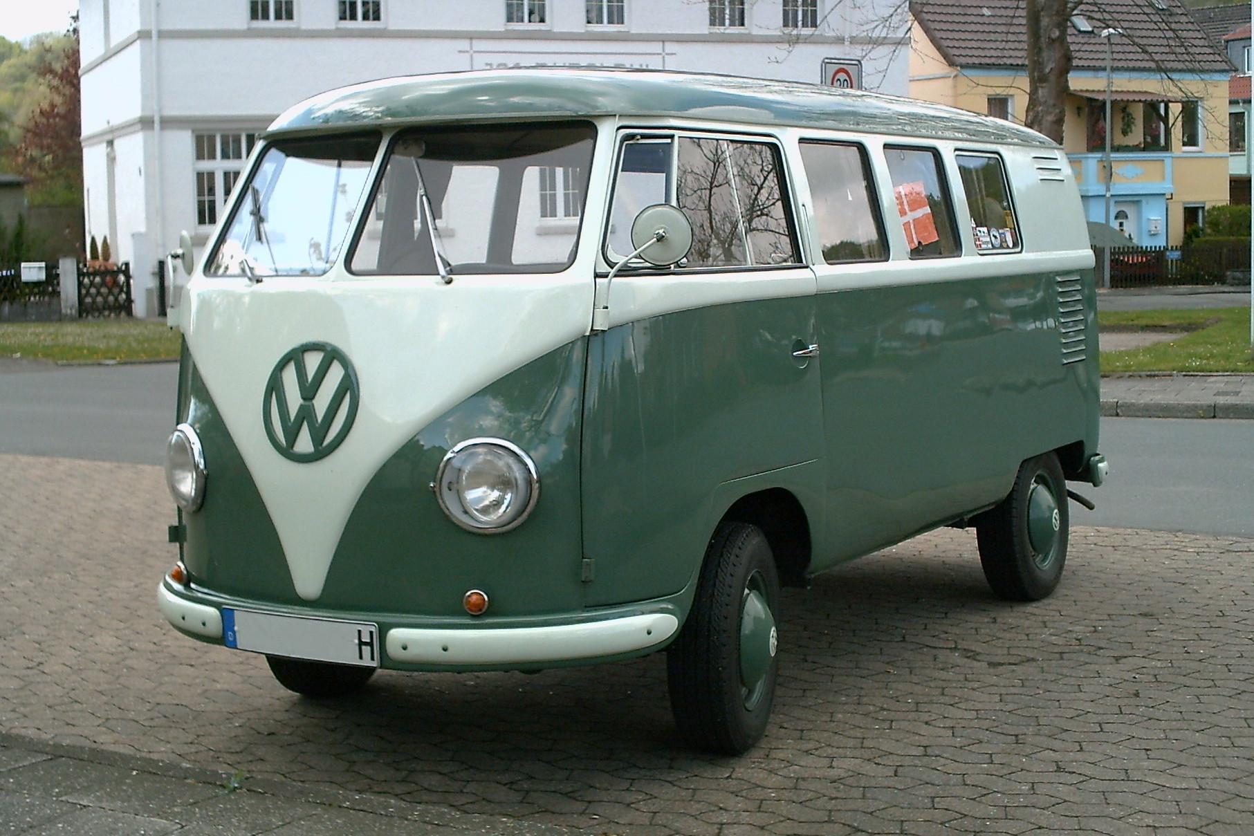 Volkswagen 1 photo - 4