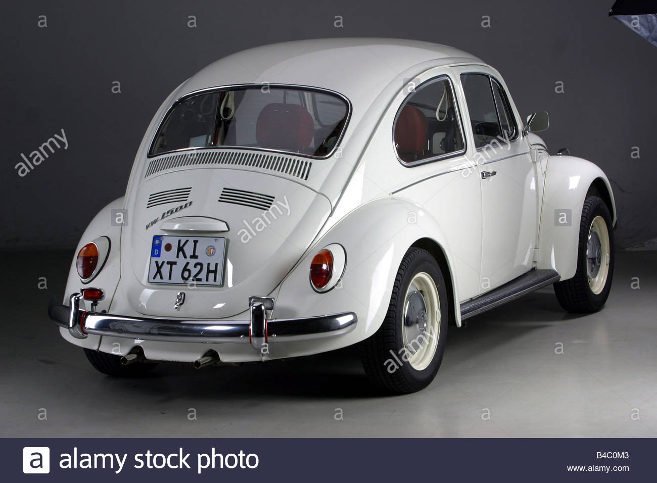 Volkswagen 1300 photo - 2
