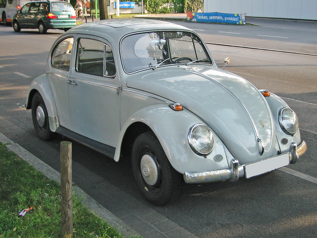 Volkswagen 1300s photo - 3