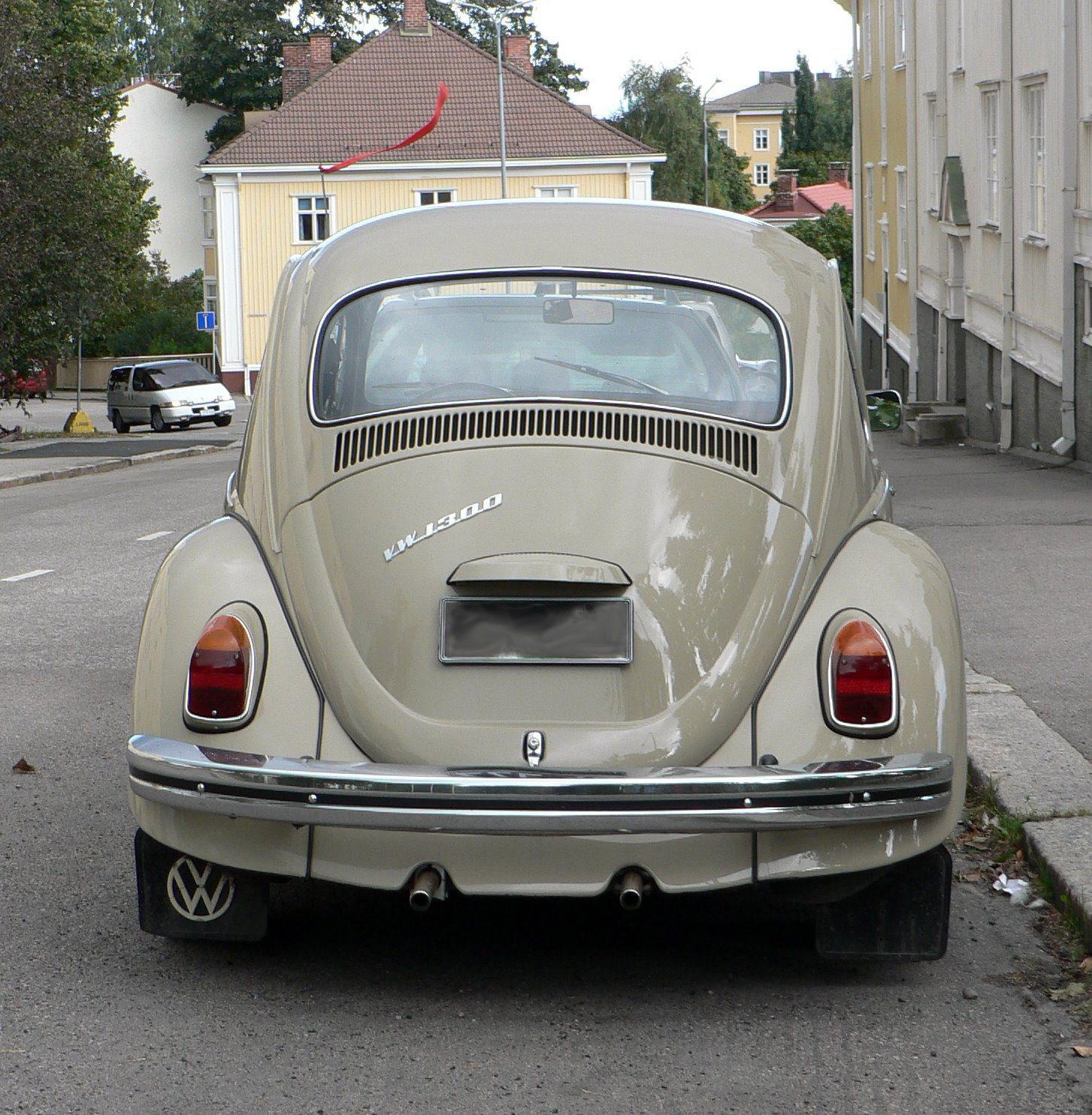 Volkswagen 1300s photo - 9