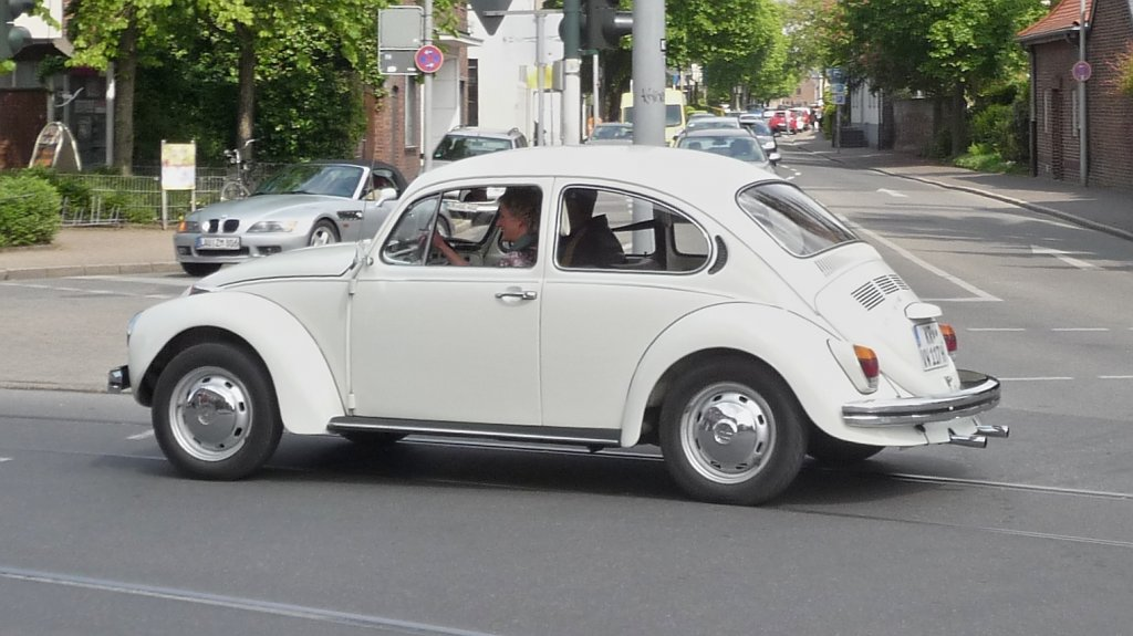 Volkswagen 1302 photo - 4