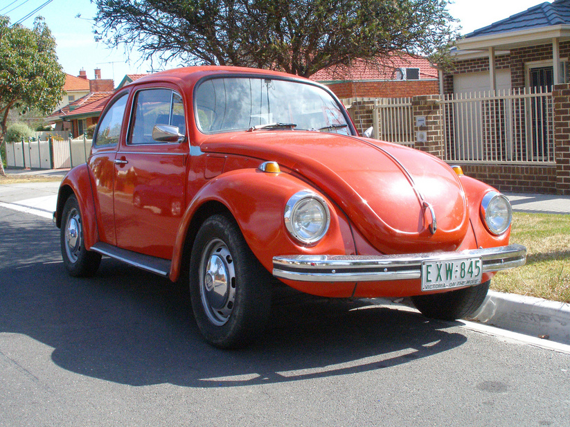 Volkswagen 1302 photo - 8