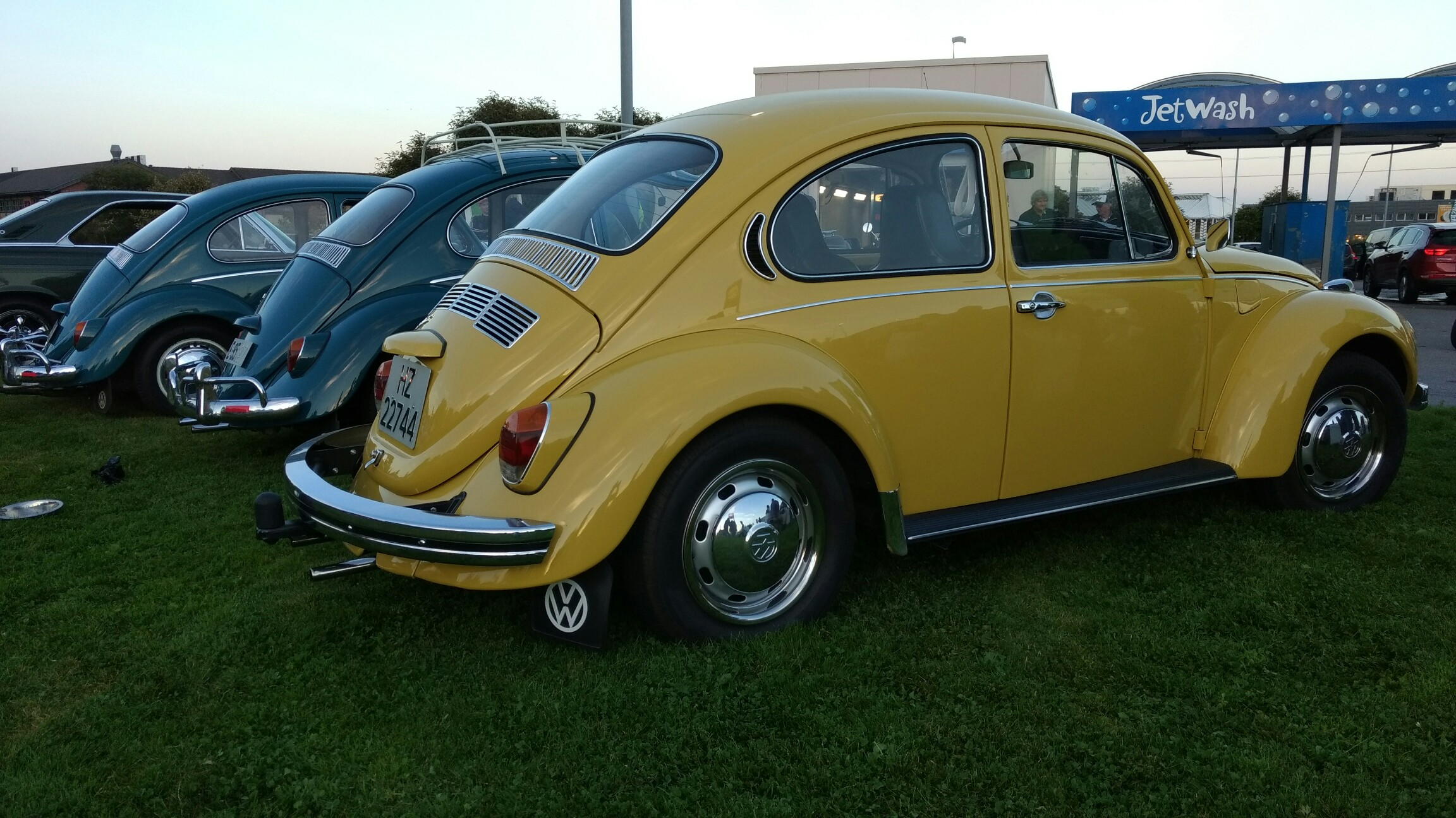 Volkswagen 1302 photo - 9