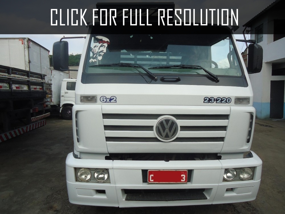 Volkswagen 23-220 photo - 1