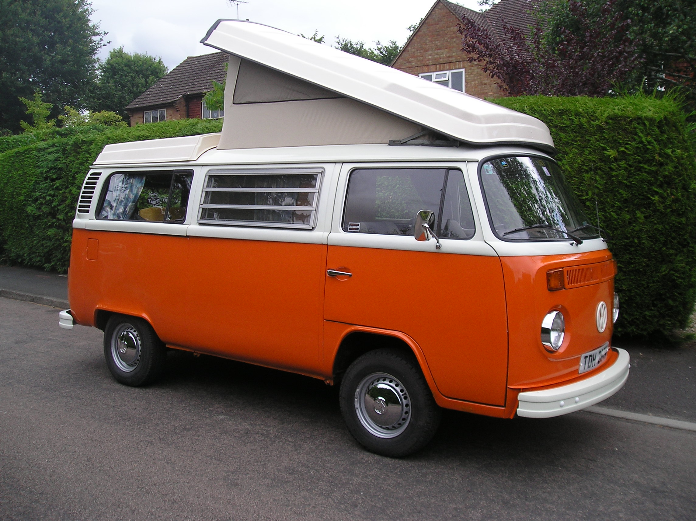 Volkswagen camper photo - 4
