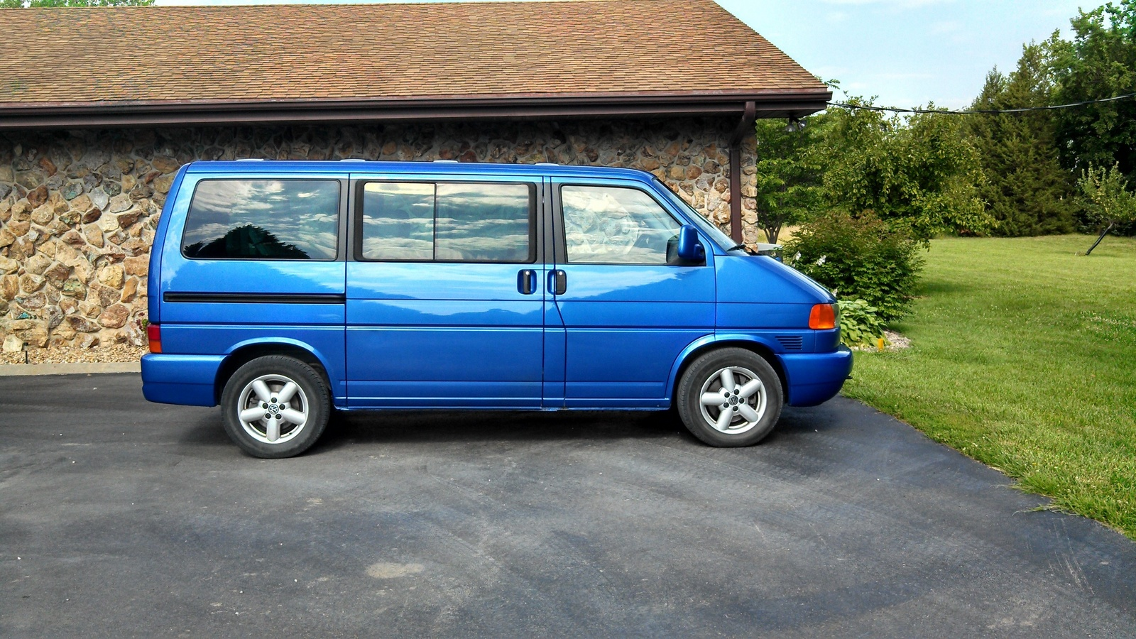 Volkswagen eurovan photo - 9