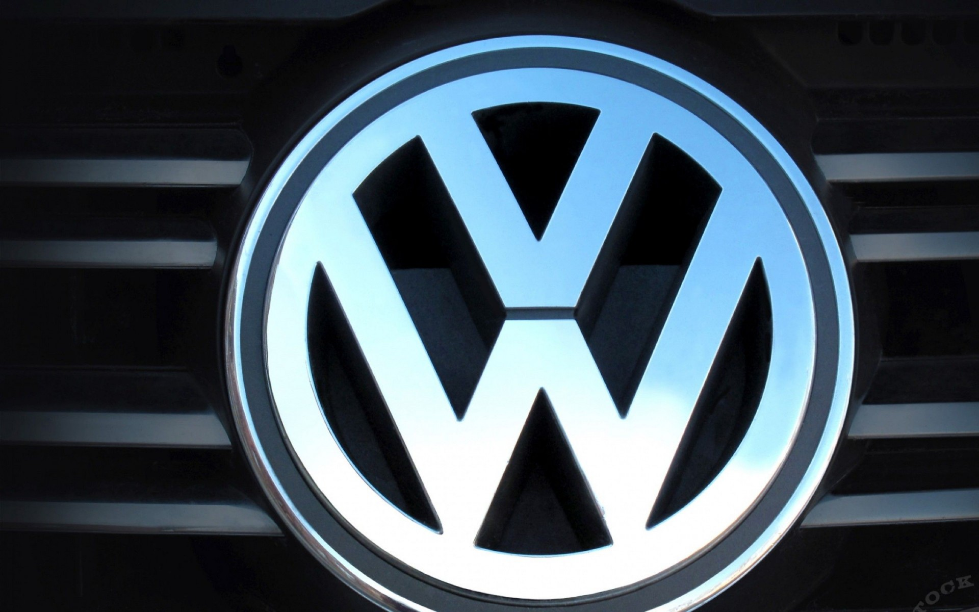 Volkswagen logo photo - 10