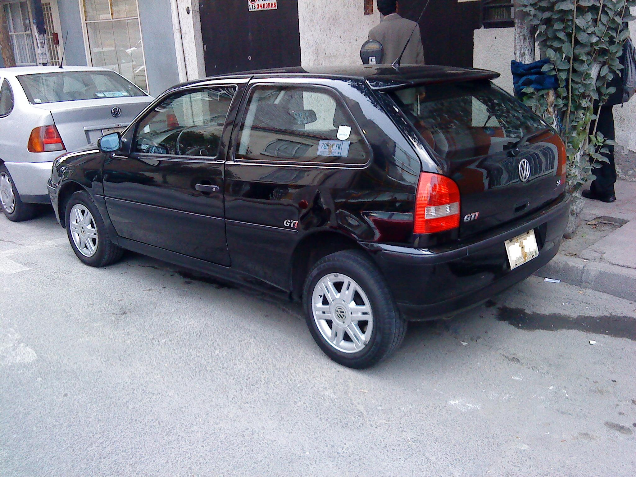 Volkswagen pointer photo - 2