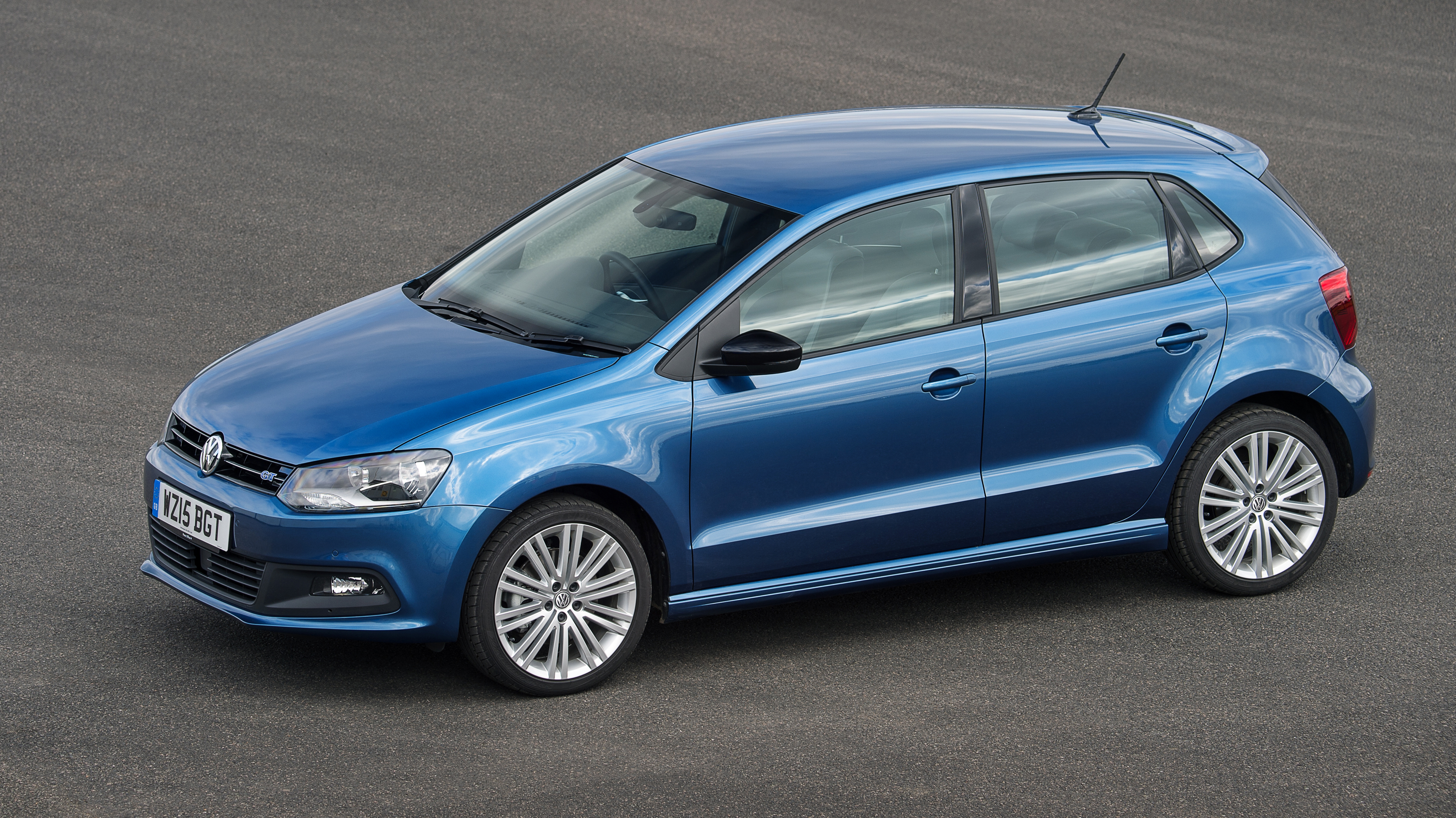 Volkswagen polo photo - 6