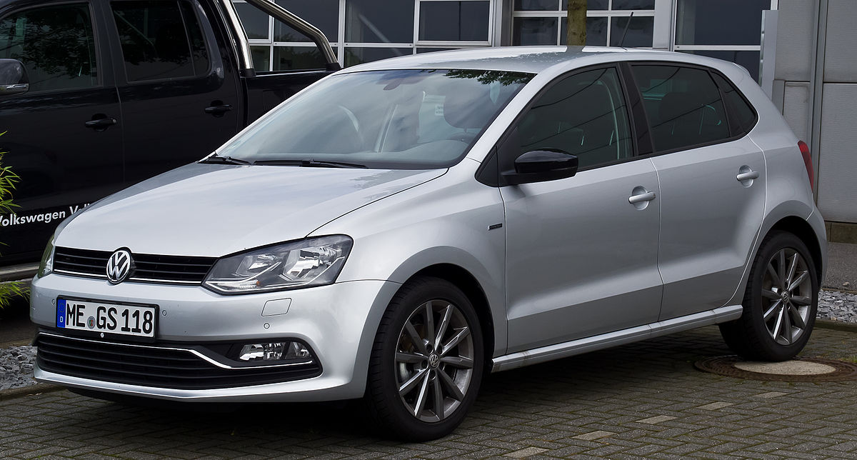 Volkswagen polo photo - 9
