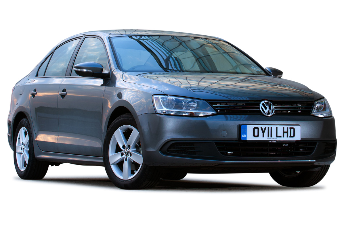 Volkswagen saloon photo - 8