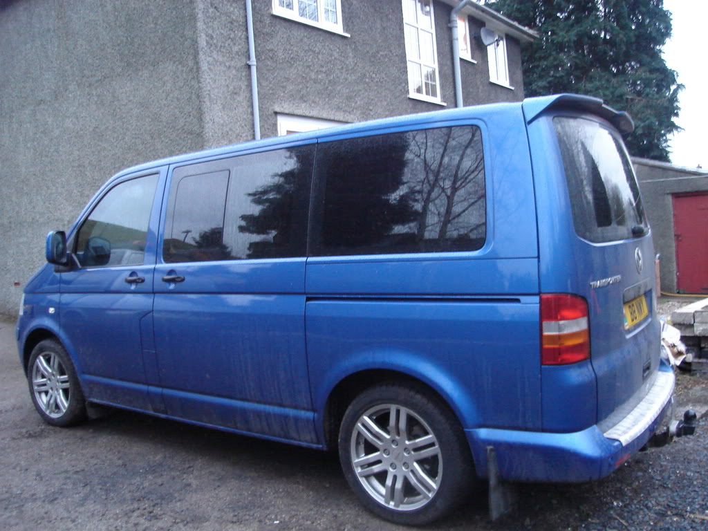 Volkswagen shuttle photo - 7