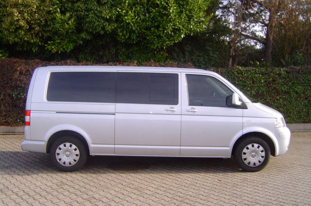 Volkswagen shuttle photo - 8