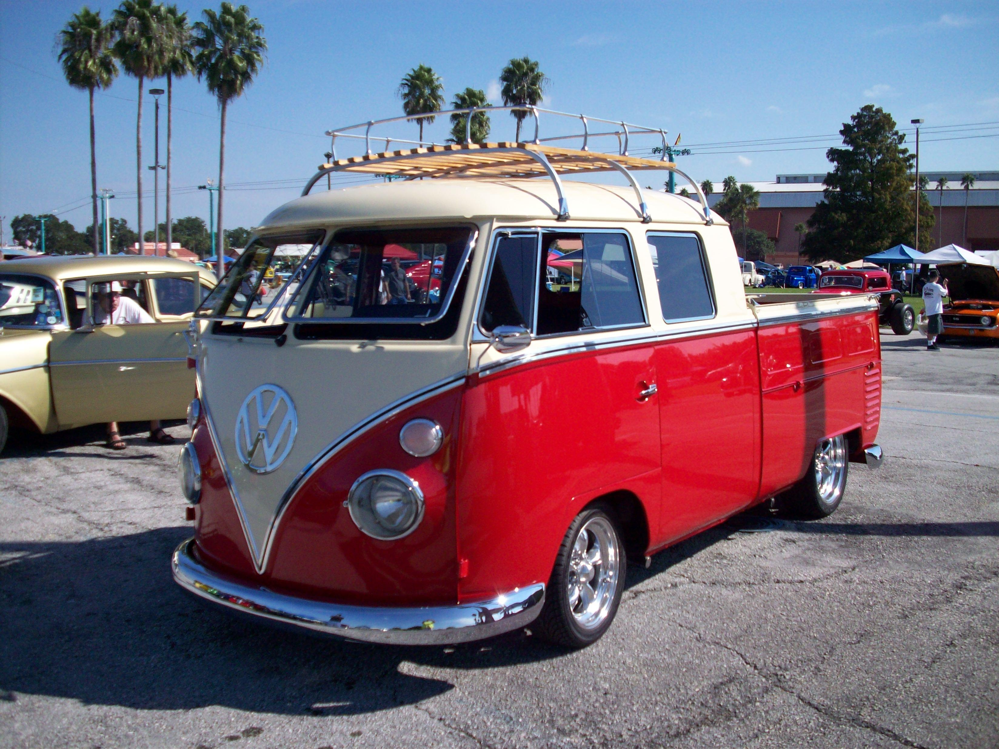 Volkswagen truck photo - 3