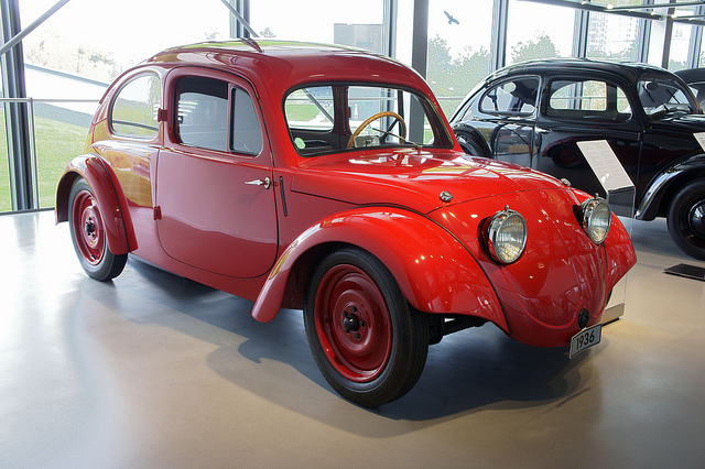 Volkswagen v1 photo - 1