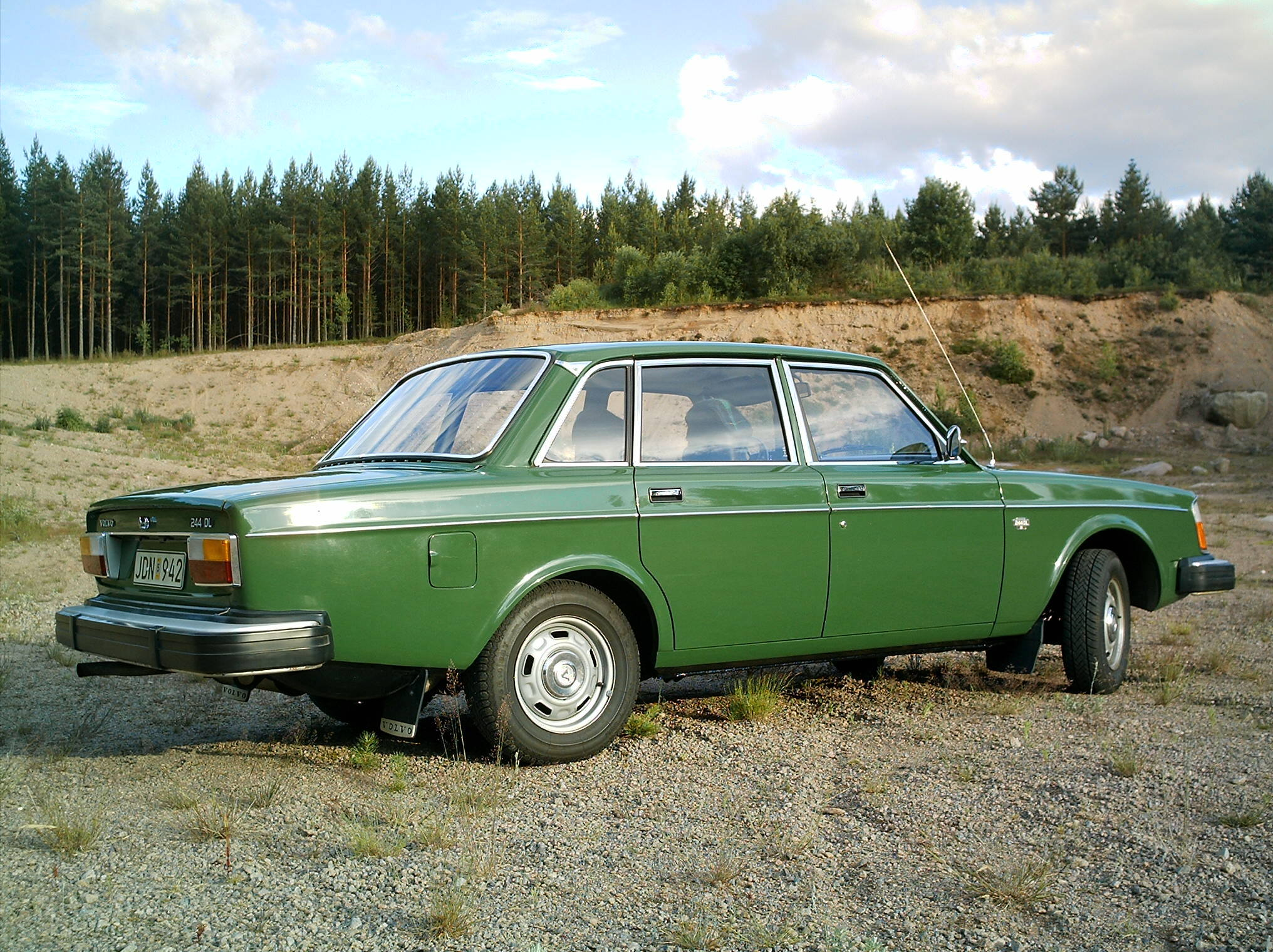 Volvo 244dl photo - 1