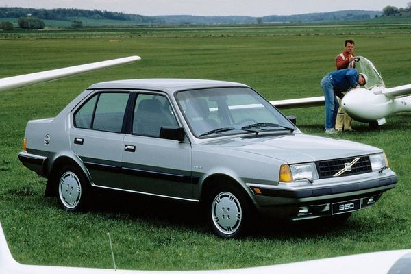 Volvo 360gl photo - 3