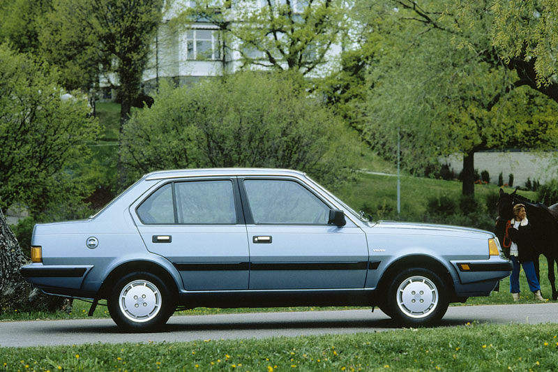 Volvo 360gl photo - 5
