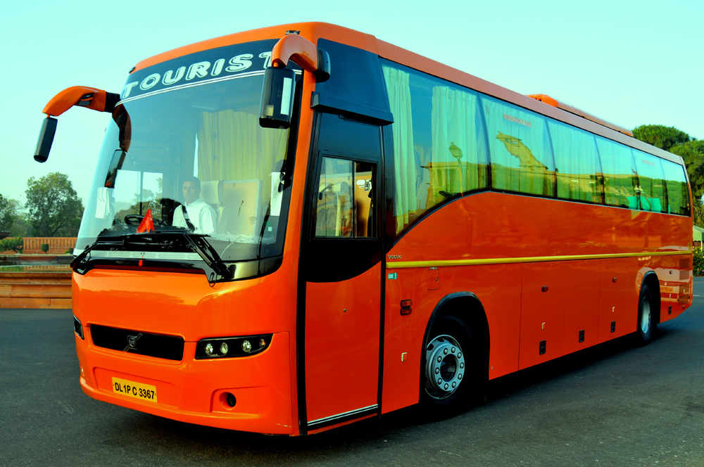 Volvo bus photo - 2