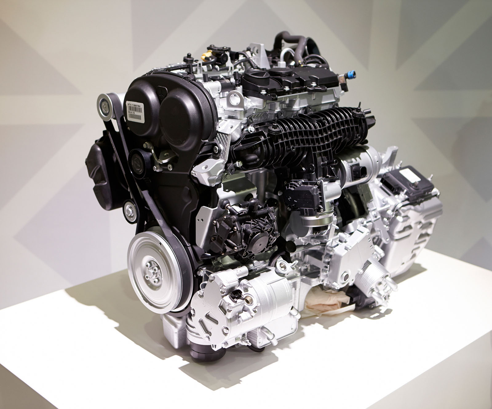 Volvo engine photo - 5
