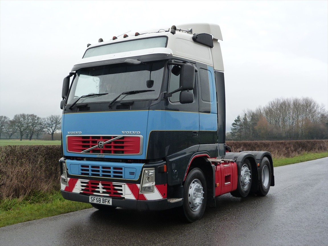 Volvo fh6 photo - 8