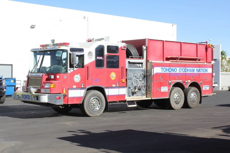White pumper photo - 2