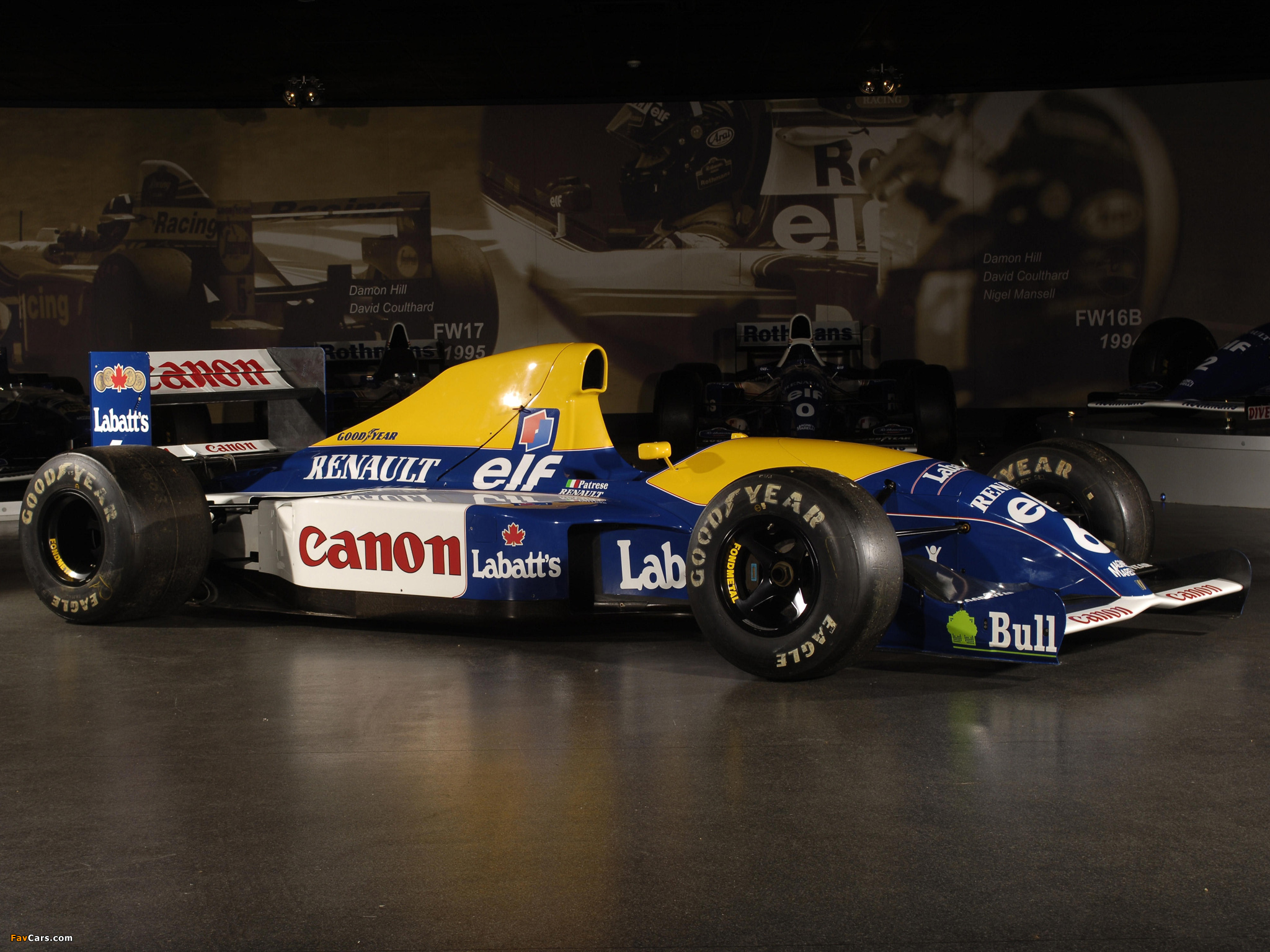 Williams fw14 photo - 4