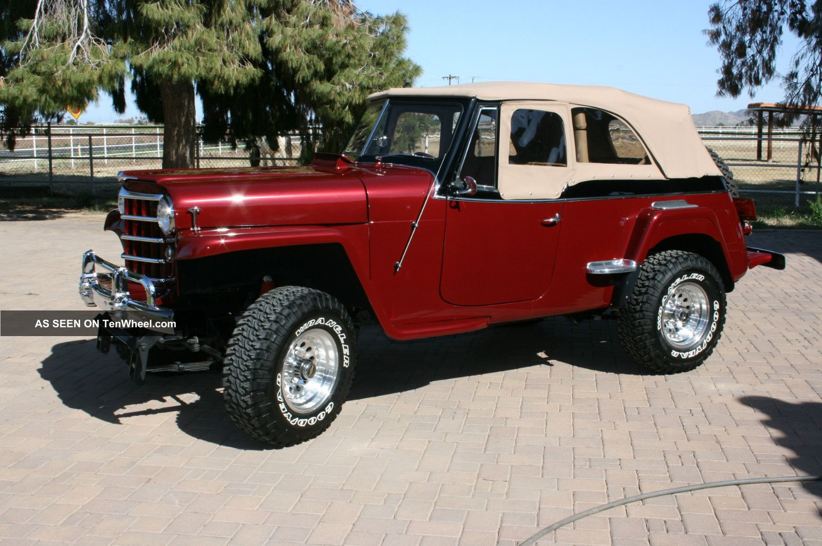 Willys jeepster photo - 4