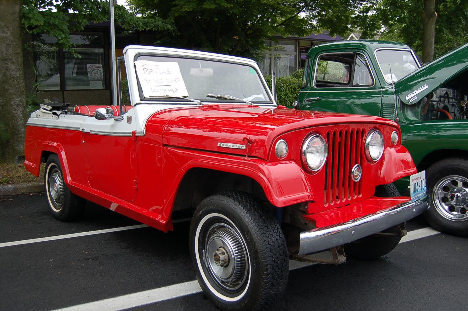 Willys jeepster photo - 9