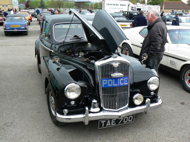 Wolseley 680 photo - 3