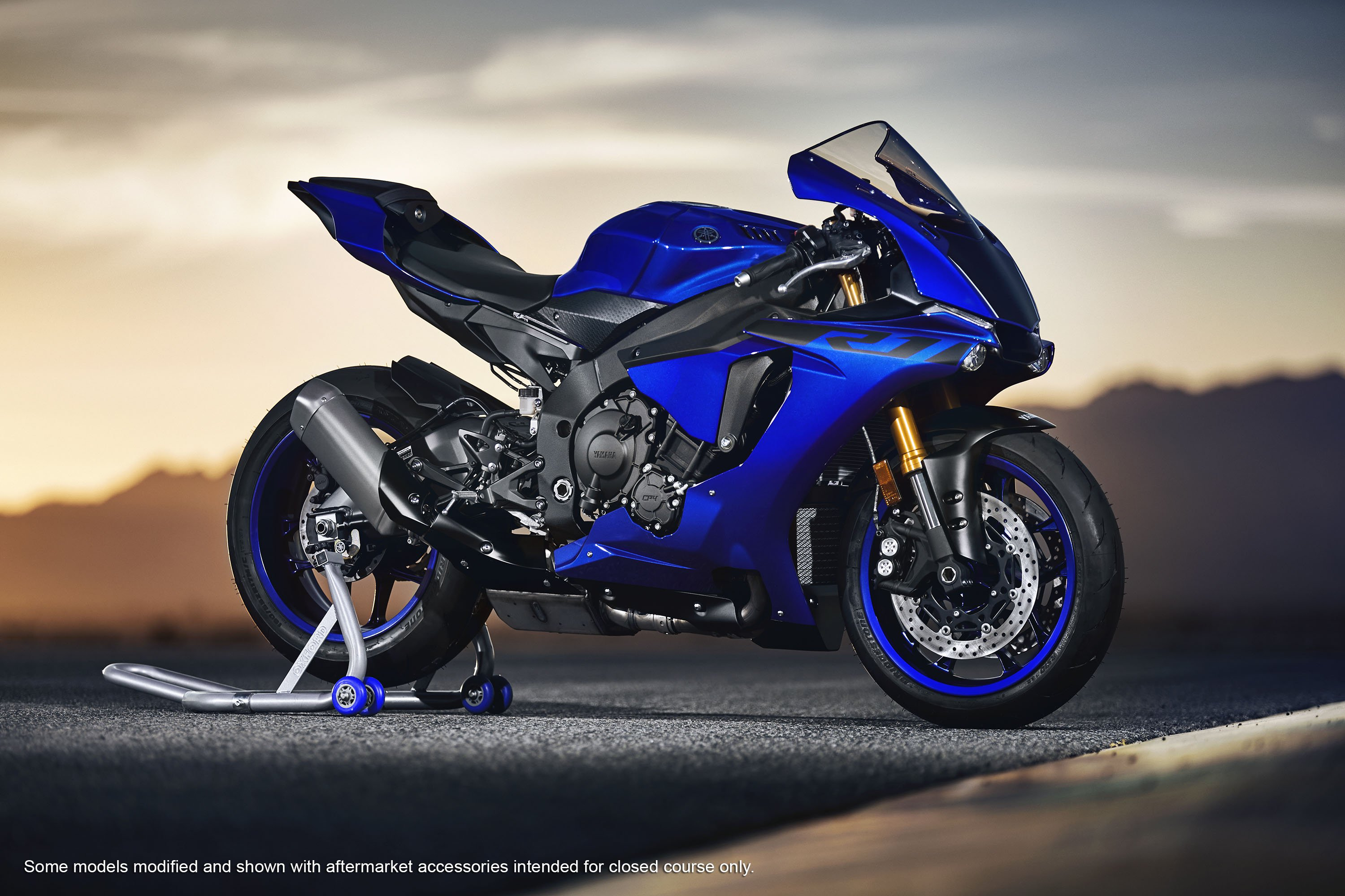 Yamaha r photo - 2